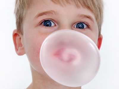 how to eat bubble gum